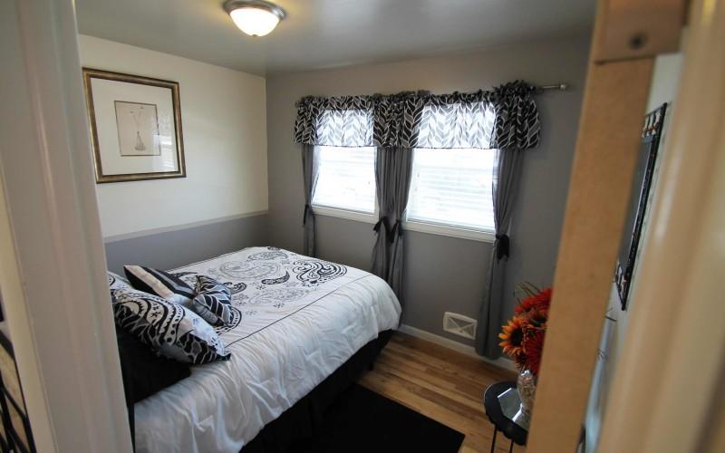 1015-westwood-bedroom2