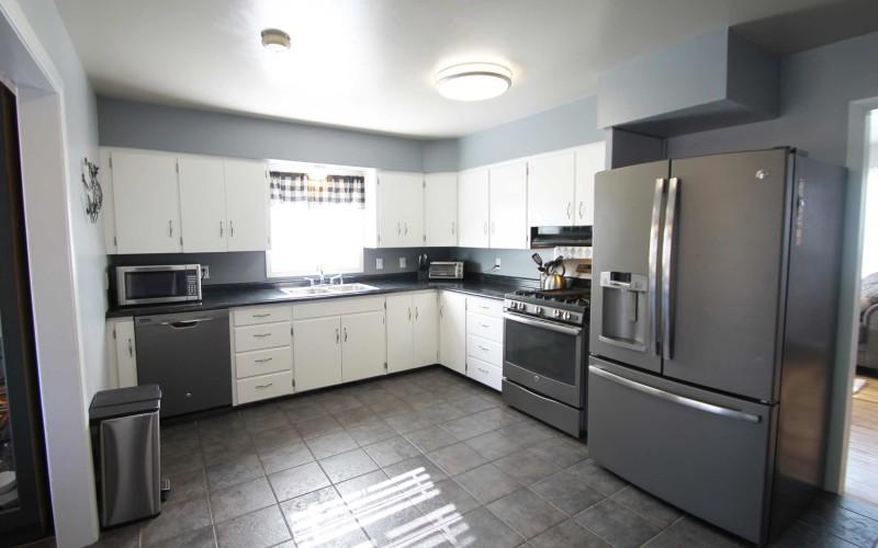 1015-westwood-kitchen1