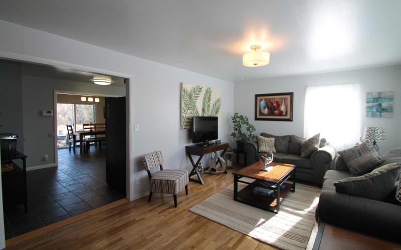 1015-westwood-living1