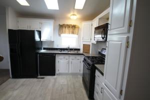 1029-w-monroe-kitchen2