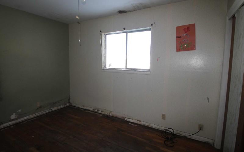 1030-black-bedroom2