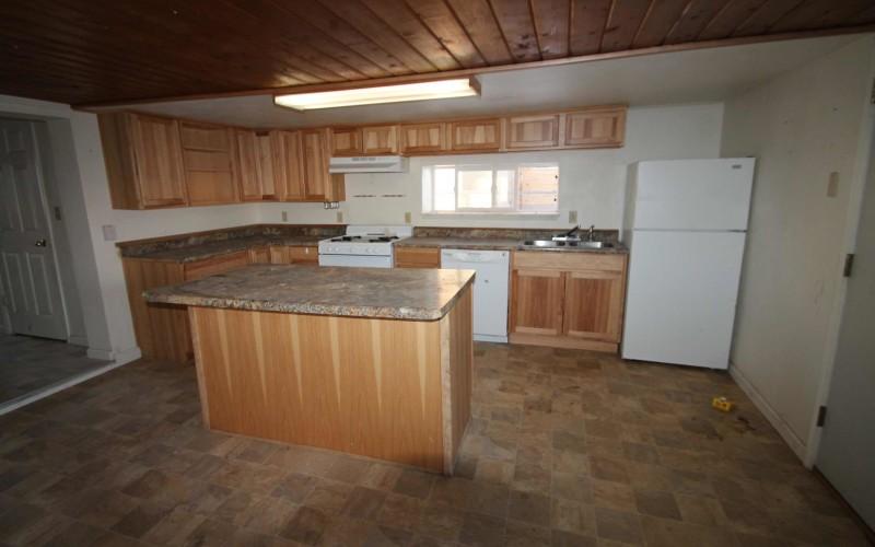 109-oak-kitchen-2