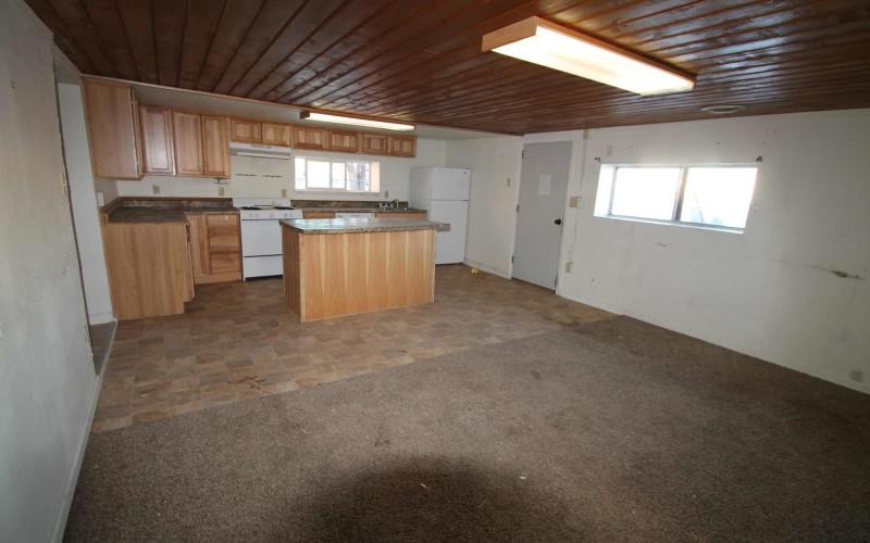 109-oak-living-room