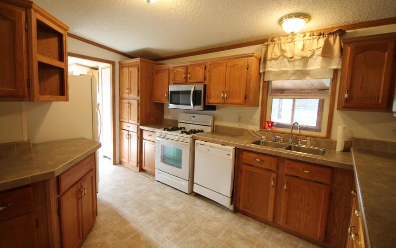1677-17-mile-kitchen1