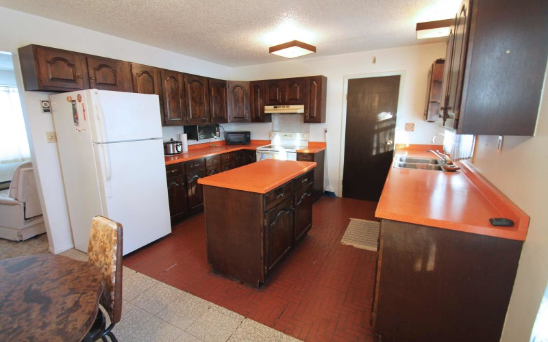 2401-cottonwood-kitchen1