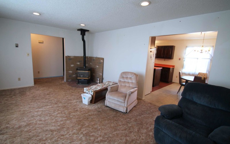 2401-cottonwood-living2