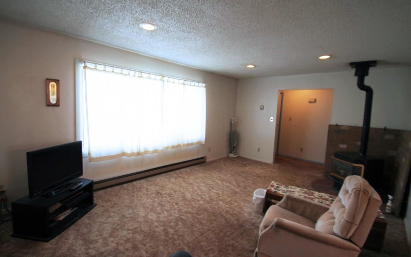 2401-cottonwood-living3