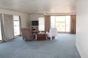 315-hillwood-familyroom