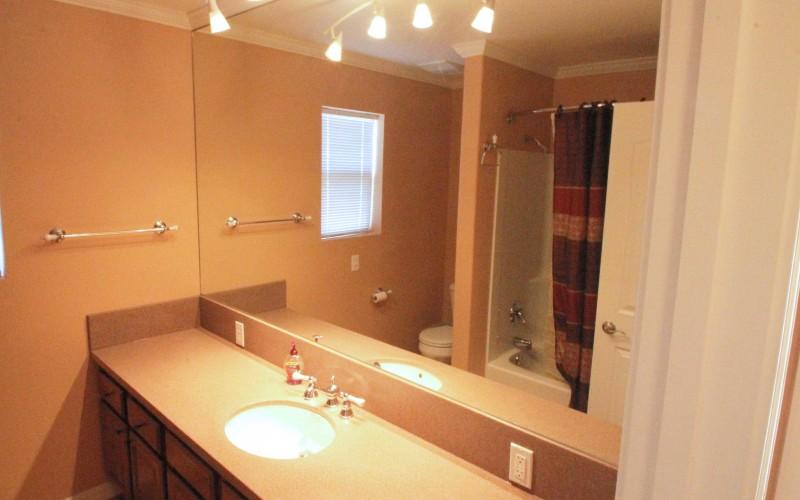 4007-westchester-bathroom