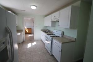 405-maple-kitchen2