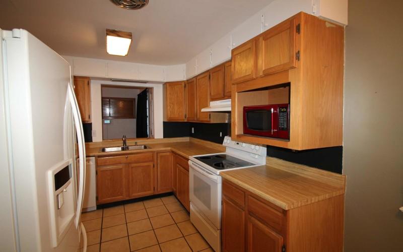 606-n-1st-kitchen1