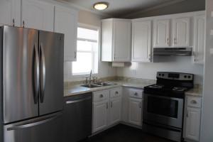 675 8 Mile Road Kitchen