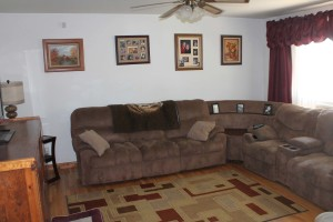 695-n-9th-living-room